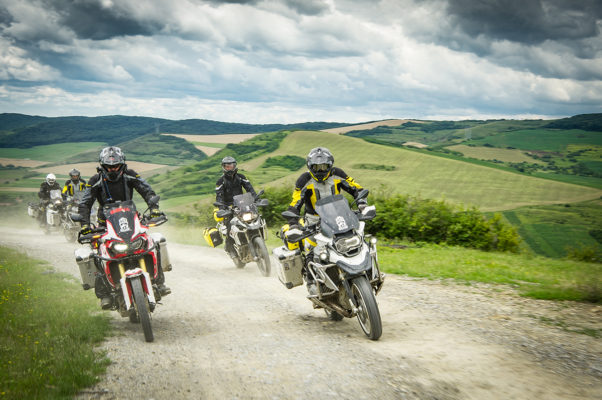 Rumanía en moto con Touratech